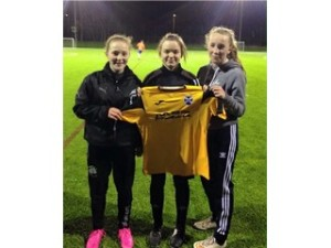 EAST%20FIFE%20GWFC%20TRIO%20SIGNING%20ISLA%20BROWN%20GK%20CHLOE%20MILLER%20AND%20JESS%20HAY